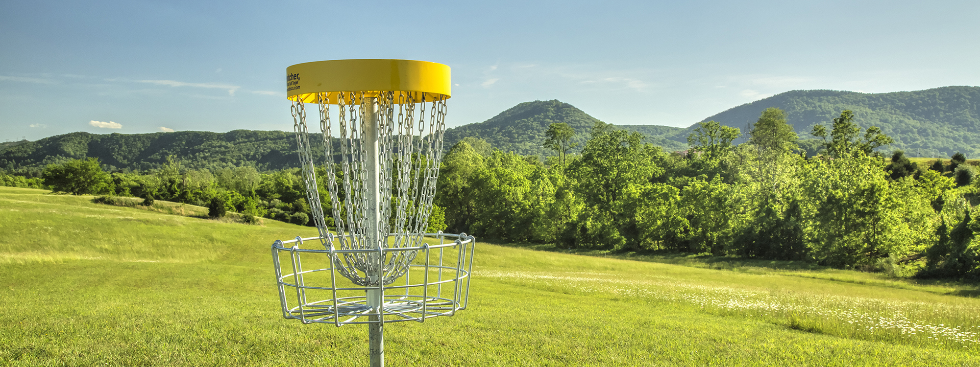 disc golf View and review over 8000 disc golf courses, track courses you've played and want to play, track your scores, organize and trade your discs, connect with other disc golfers, and talk disc golf in our forums.